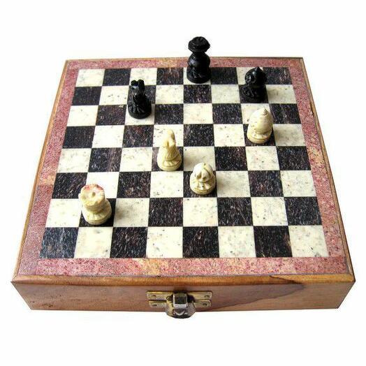 Настольные Шахматы дерево, камень