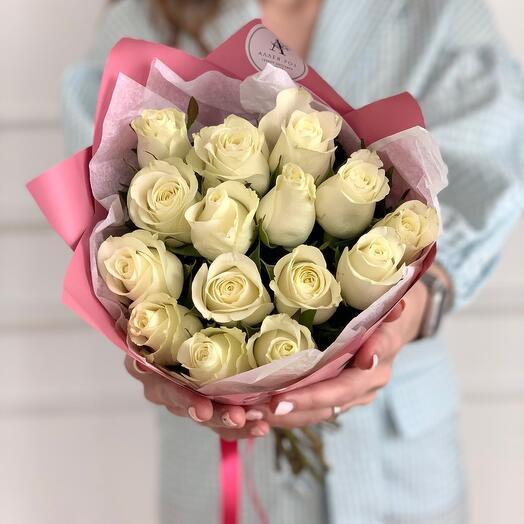 Букет из 15 белых роз Кения