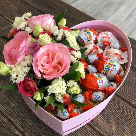 Цветы в коробке Киндер Сюрприз