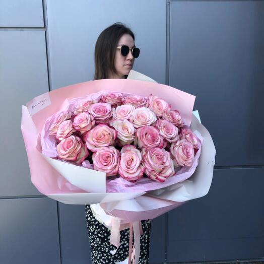 Букет из 21 Шикарной Розы