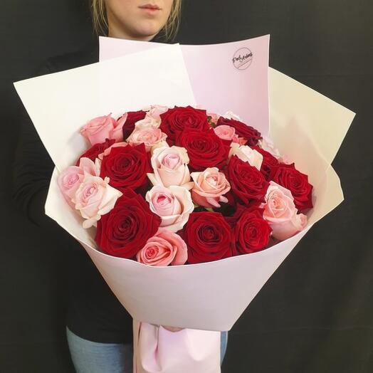 """Букет """"35 роз с крупным бутоном"""" 60 см"""