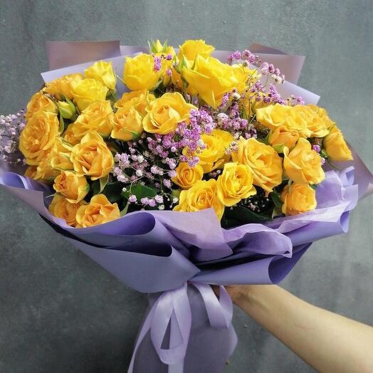 Sunday XL (кустовая роза и гипсофила)
