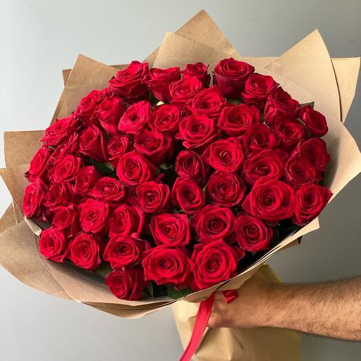 Букет из 51 бордовых роз