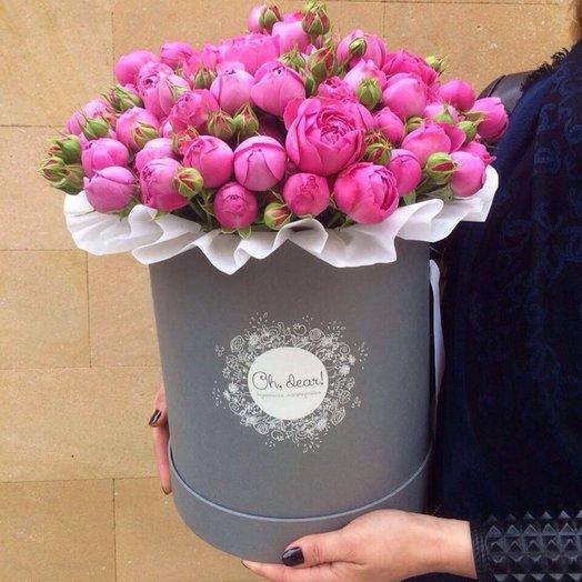 Пионовидная роза в коробке
