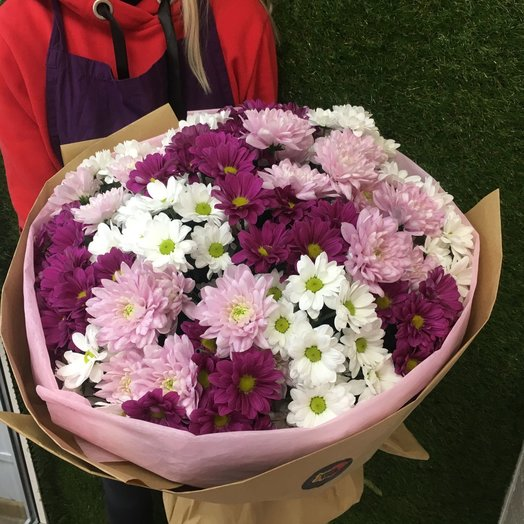 17 кустовых хризантем микс: букеты цветов на заказ Flowwow