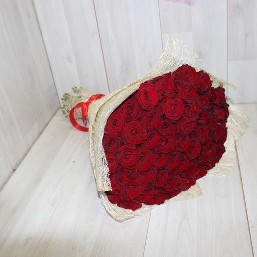 55 Красная роза Ред Наоми: букеты цветов на заказ Flowwow