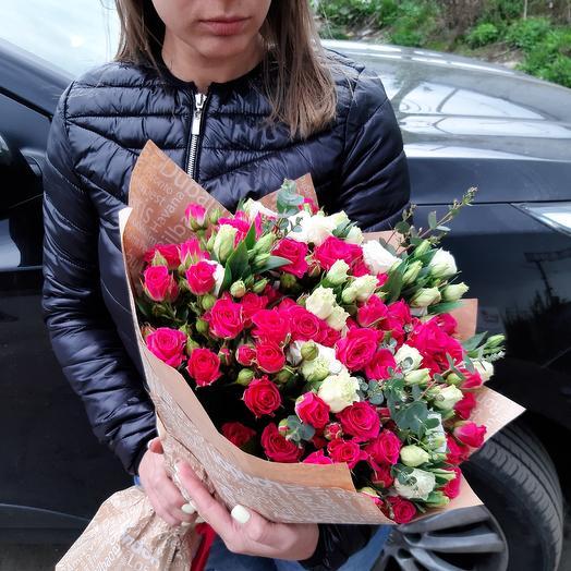 Яркий акцент Z28: букеты цветов на заказ Flowwow
