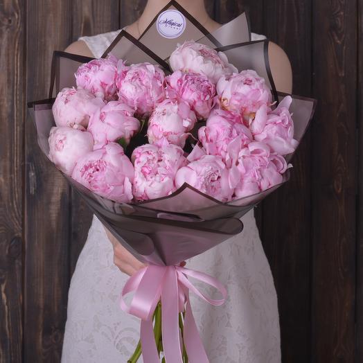 Букет 15 Розовых Пионов