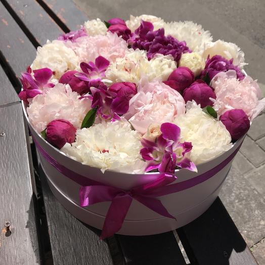 Орхидеи в пионах для Вашей любимой: букеты цветов на заказ Flowwow