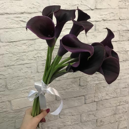 Необычные каллы по супер цене: букеты цветов на заказ Flowwow