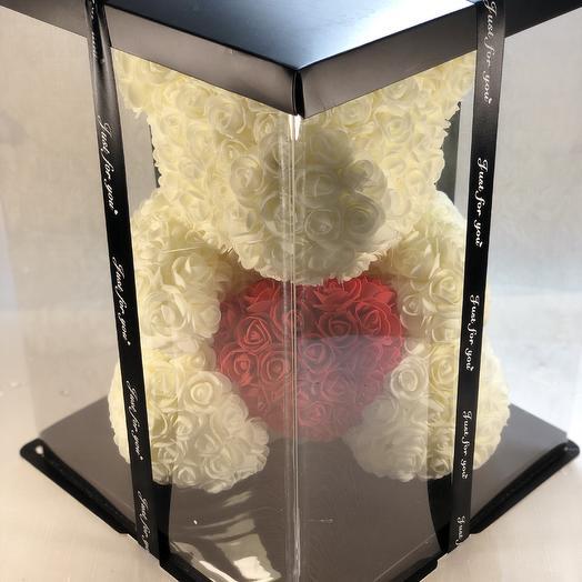 Белый мишка с сердцем: букеты цветов на заказ Flowwow