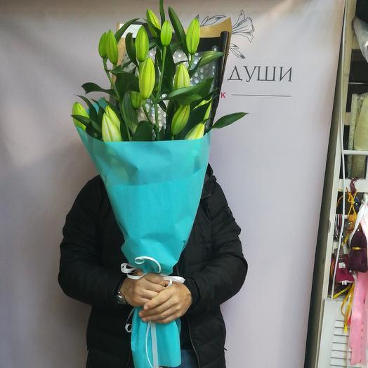 Шикарные лилии: букеты цветов на заказ Flowwow