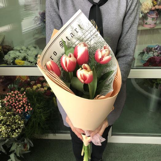 5 тюльпанов: букеты цветов на заказ Flowwow
