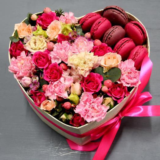 """Большое сердце с цветами """"Море нежности"""""""