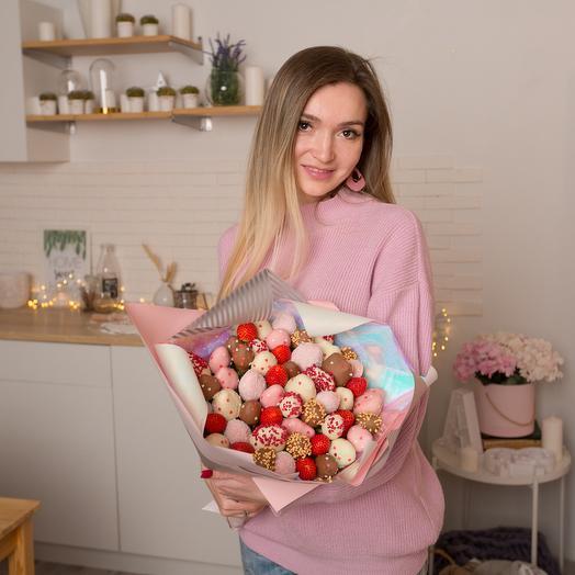 """Букет из клубники в шоколаде """"Princess"""": букеты цветов на заказ Flowwow"""