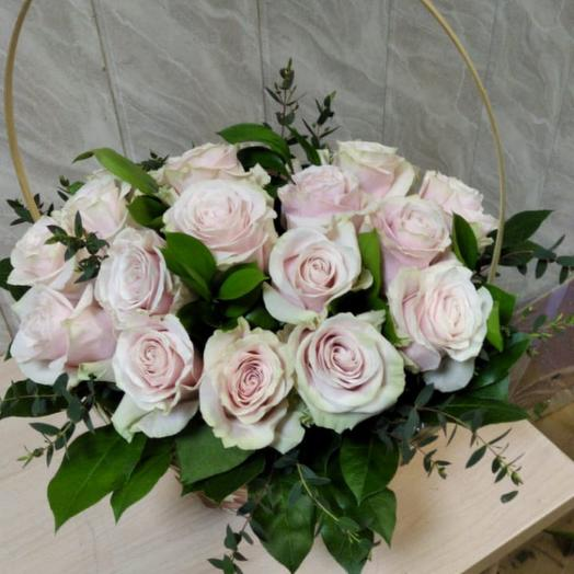 Корзина роза нежная