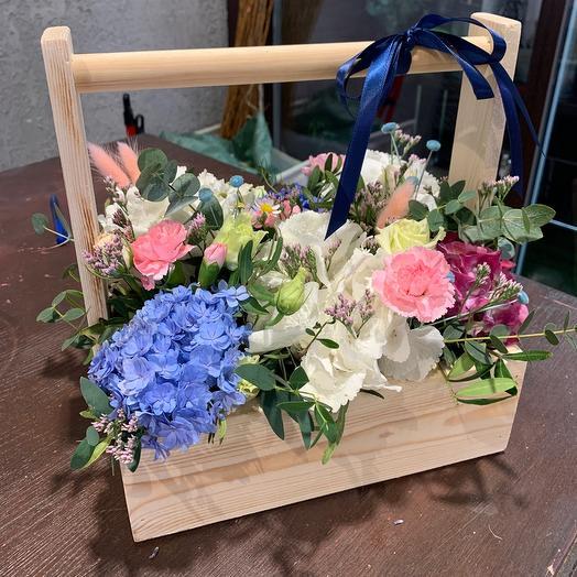 Ящик яркий: букеты цветов на заказ Flowwow