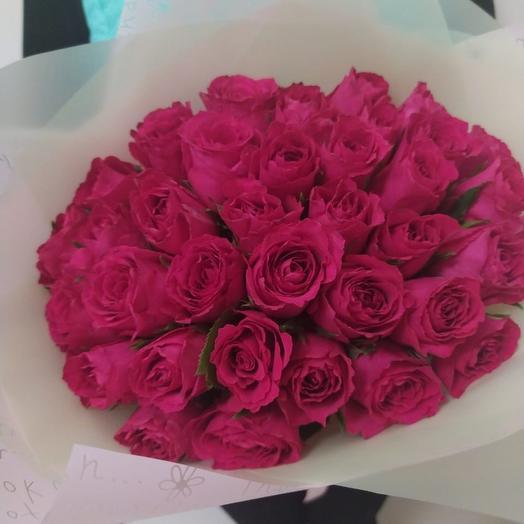 35 роз премиум Мадам Церайз