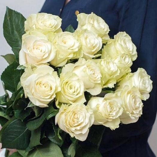 Роза белая 15 шт