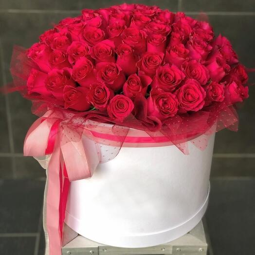 (Luxe) 71 роза в коробке