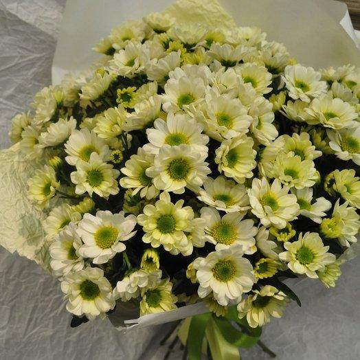 Букет милых хризантем