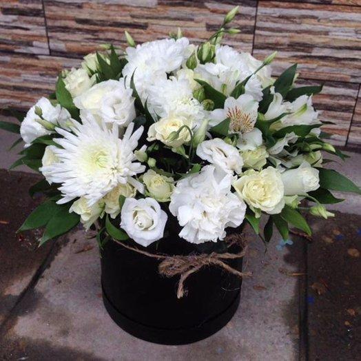 "Коробка ""Белое облако"": букеты цветов на заказ Flowwow"