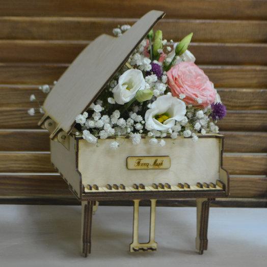 "Композиция ""Мелодия любви"": букеты цветов на заказ Flowwow"