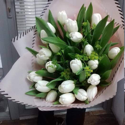 Лебединая верность: букеты цветов на заказ Flowwow