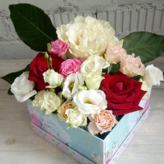 Розарий в коробочке: букеты цветов на заказ Flowwow