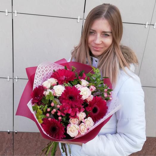 Букет из ярких гербер: букеты цветов на заказ Flowwow