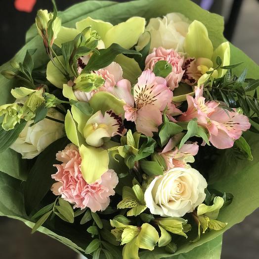 Букет Весенний Сад: букеты цветов на заказ Flowwow
