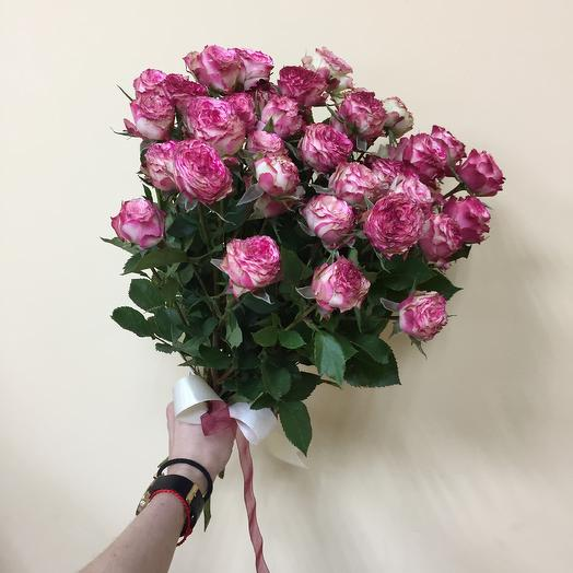 Букет пионовидных кустовых роз: букеты цветов на заказ Flowwow