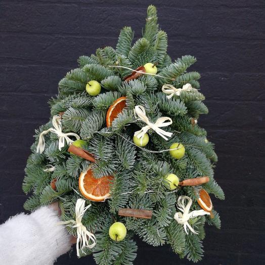 Яблоко с корицей: букеты цветов на заказ Flowwow