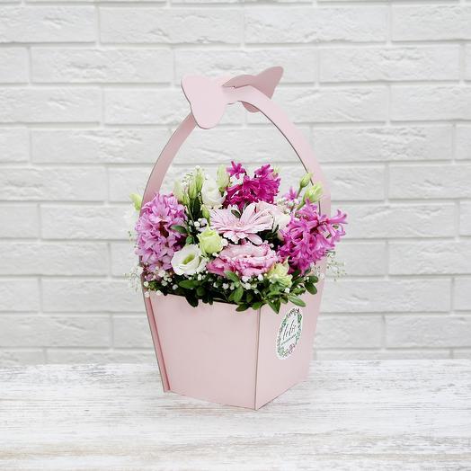 Box-33: букеты цветов на заказ Flowwow