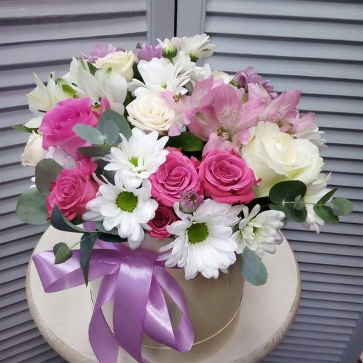 """Цветы в шляпной коробке """"Для любимой !"""""""