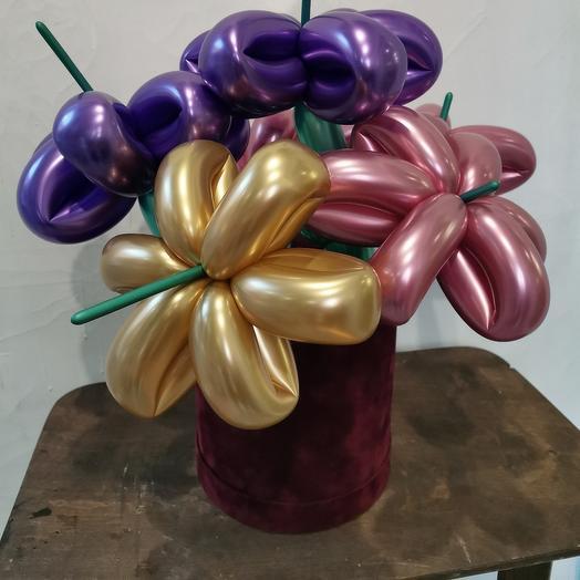 Коробка с шарами-цветы