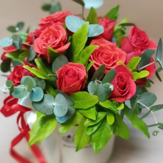 """Цветы в коробке """"Милана"""""""