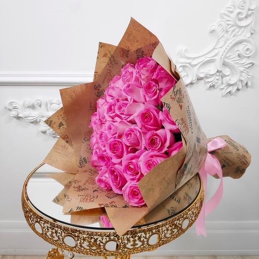 Букет из 35 Розовых роз в крафте(коробка конфет в подарок, условие в описании)