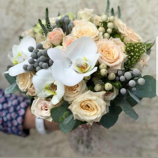 Свадебный с орхидеей