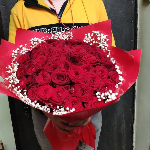 Роза и гифсафила