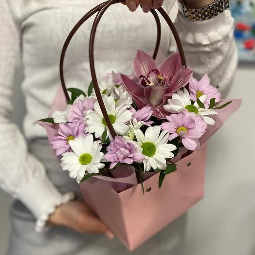 Цветы в сумочке🌺