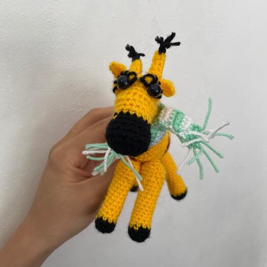 Жирафик в шарфике