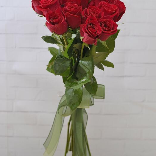 Страсть в букете из 15 роз