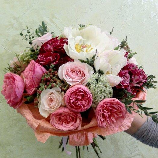 Первая любовь: букеты цветов на заказ Flowwow