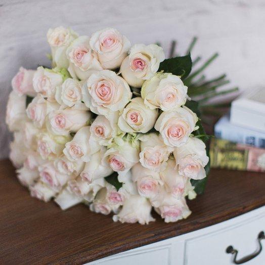 Букет из 51 розы «Senorita»: букеты цветов на заказ Flowwow