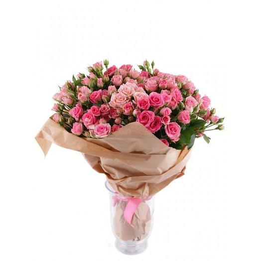 Букет из розовых кустовых роз.: букеты цветов на заказ Flowwow