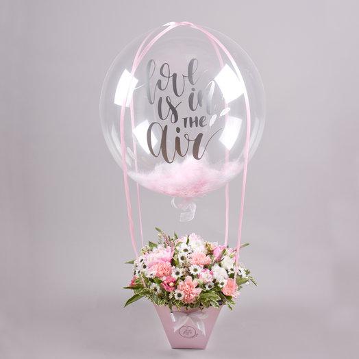 Цветы в коробке с шаром Bubble «Мечта»