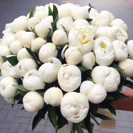 Букет из 51 белого пиона: букеты цветов на заказ Flowwow
