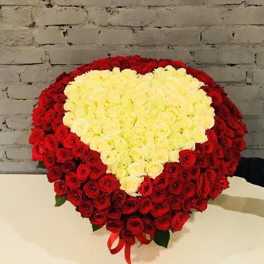 «Сердце в корзине»: букеты цветов на заказ Flowwow