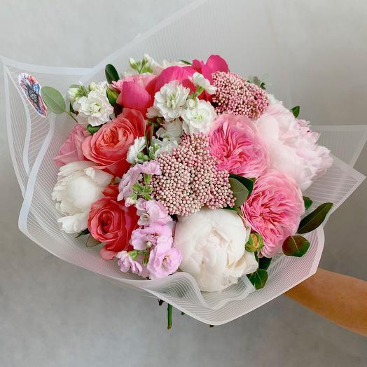 Розовое очарование: букеты цветов на заказ Flowwow